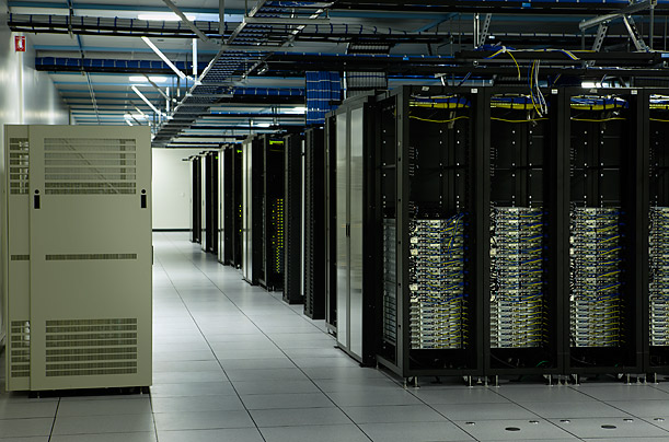 http://palnetgroup.ir/images/VMWare_VSpher_ESX/data-center-vmware.jpg
